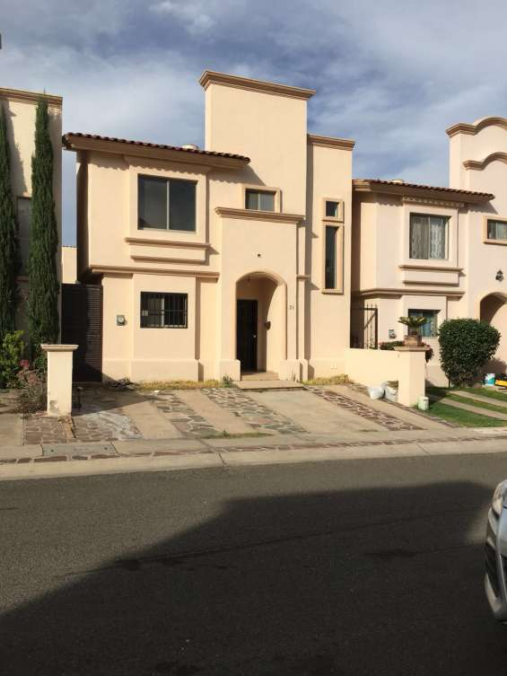 Casa en venta, villa california, tlajomulco