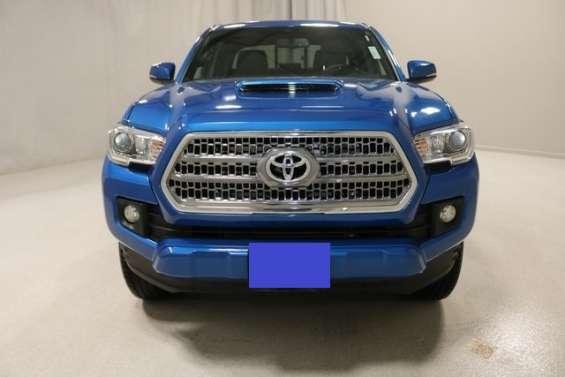 Toyota tacomas trd 2016 azul y otras