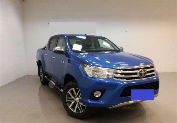 Toyota hilux 2015 azul