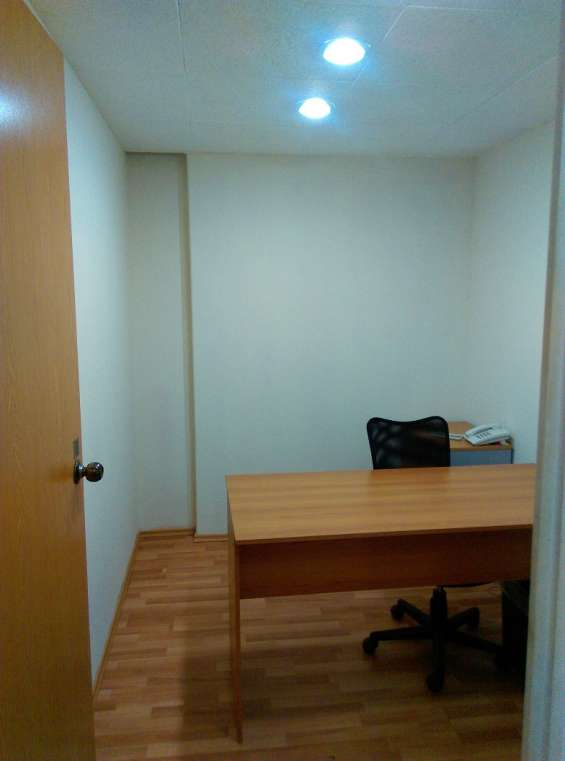 Rento oficina amueblada en polanco