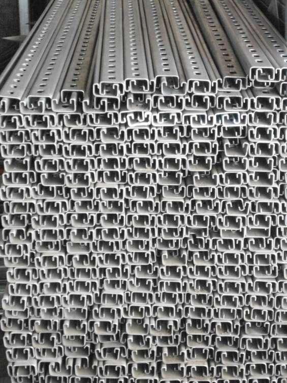 Unicanal  galvanizado  4x2 perforado