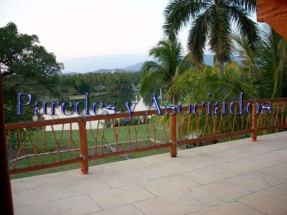 R-302 residencia en ixtapa campo de golf palma real