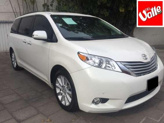 Toyota sienna xlt 2014
