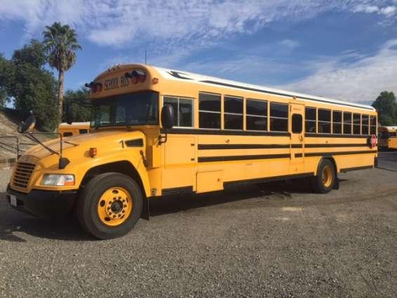 2008 camion escolar bluebird