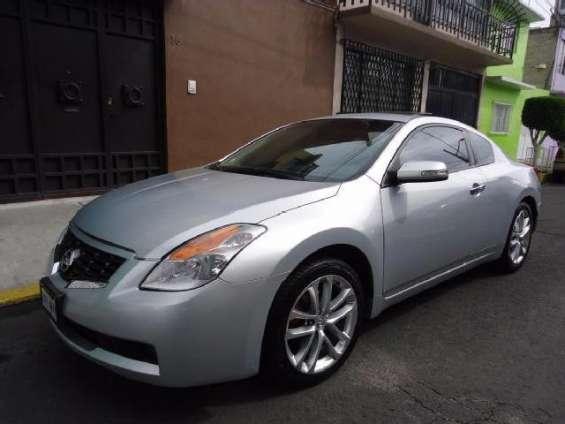 Nissan altima coupe mod. 2010