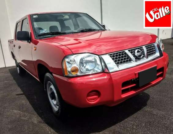 Nissan np300 doble cabina 2014