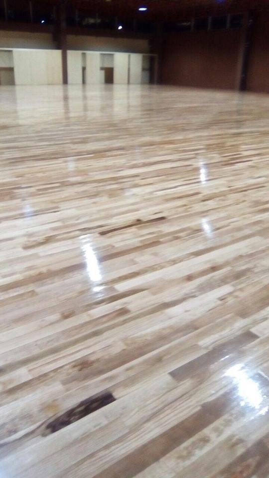 Piso de madera para ejercicio gym, crossfit, zumba, aerobic, danza