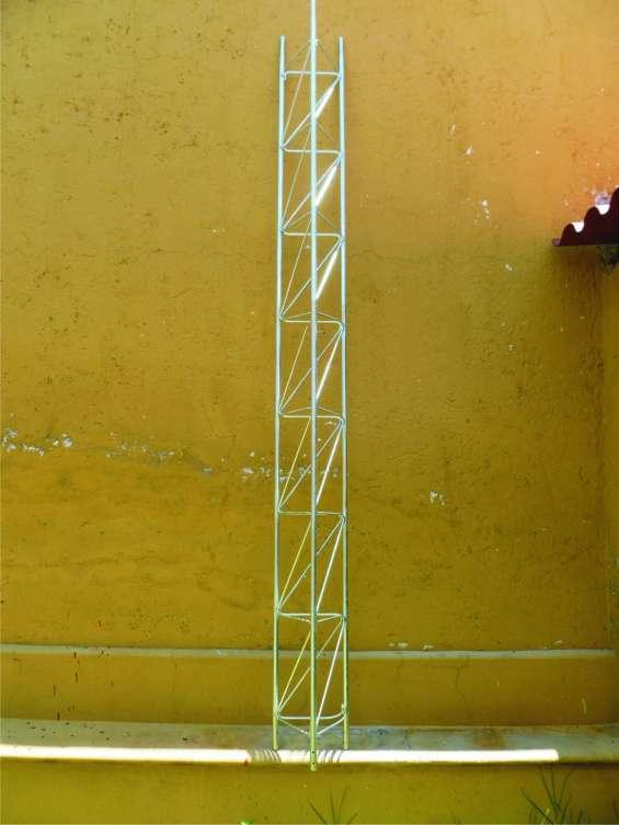 Torres para antenas de comunicaciones