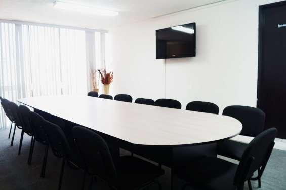 Sala de juntas con los mejores servicios