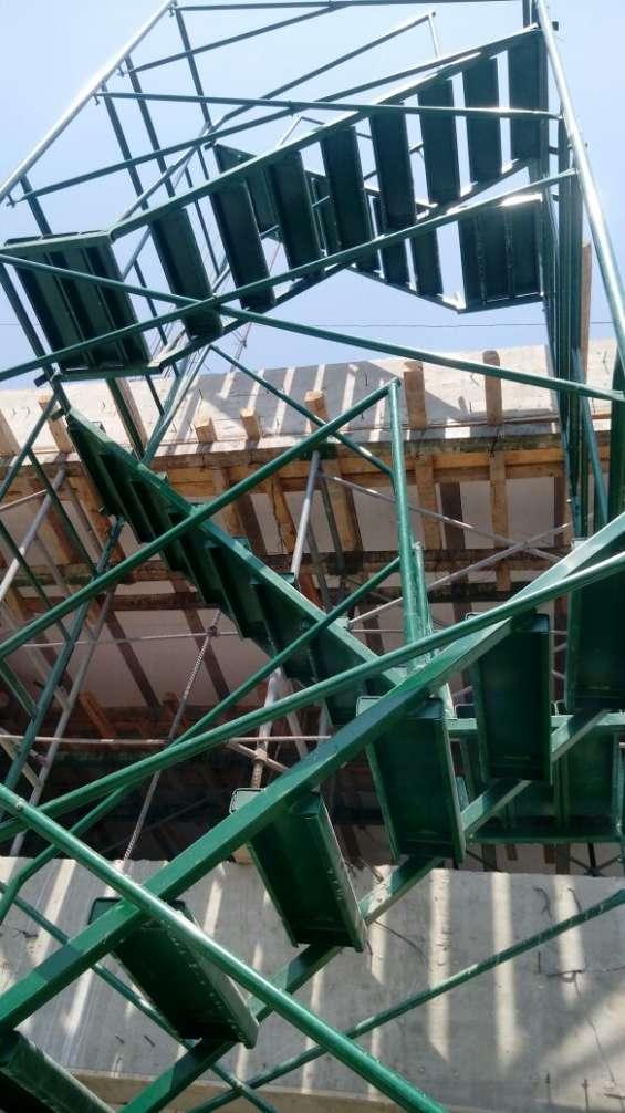 Cuerpos de andamios para construcción