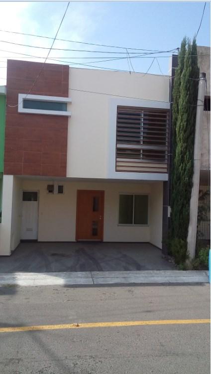 Renta de casa en fracc las moras, tlajomulco de zuñiga