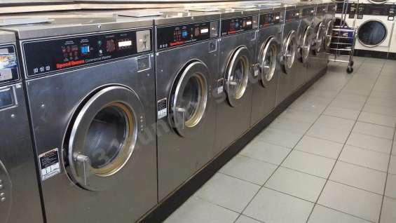 Speed queen lavadora de carga frontal 30lb sc30md2ou60001 usada