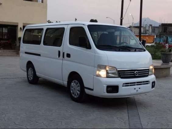 Nissan urban 15 pasajeros
