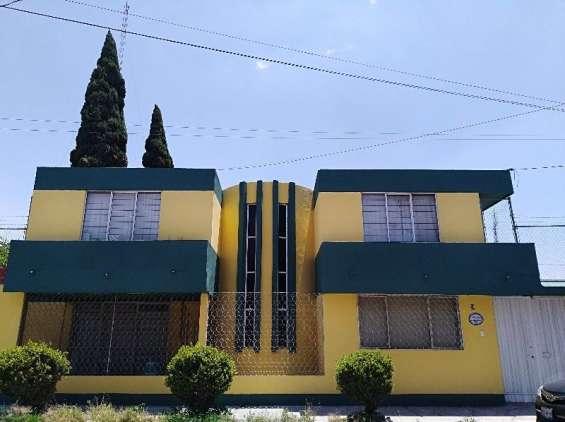 Rento casa para oficinas o bodega cerca de la diagonal