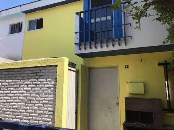 Casa en venta, amplia en zapopan