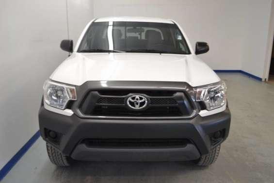 Toyota tacoma blanco 2014
