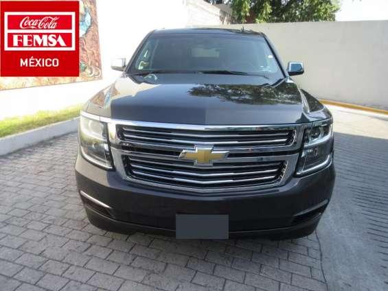 Chevrolet suburban ltz año 2015