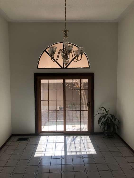 Hermosa propiedad en residencial bahias