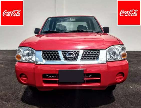 Nissan np300 doble cabina 2014