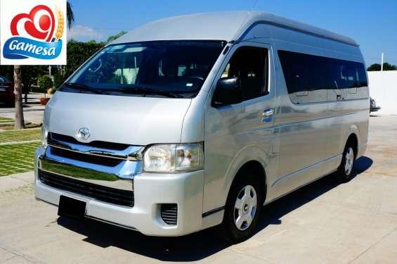 Toyota hiace 2014 15 pasajeros