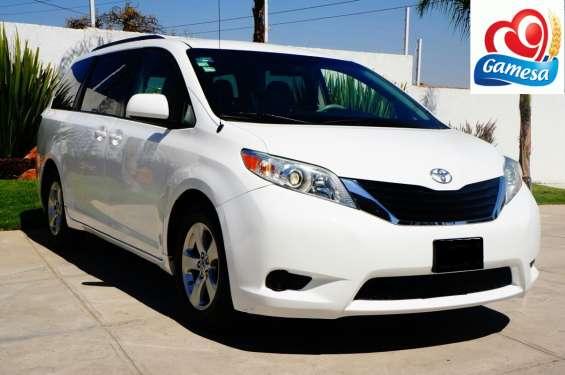 Toyota sienna 2014 equipada
