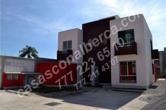 Casas con alberca, venta a solo 5 min. del centro de cuernavaca en condominio