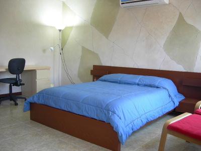 Lujosas suites amuebladas con servicio de hotel