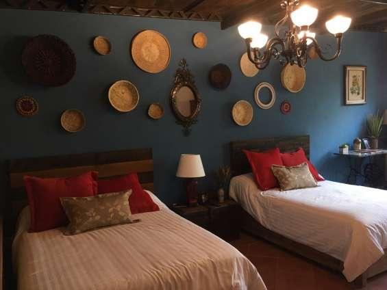 Tenemos el hospedaje que buscas, renta suite amueblada por noche, semana o mes