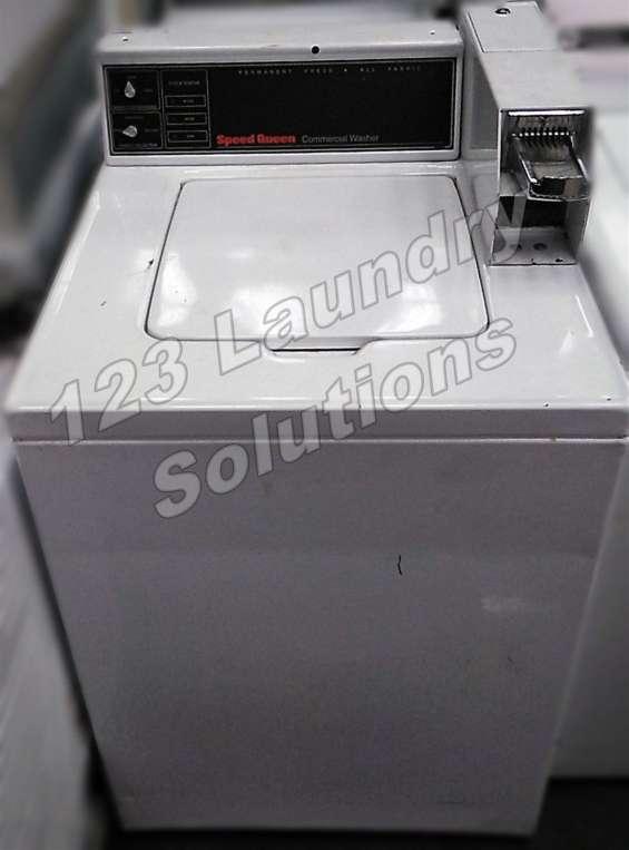 Lavadora de carga superior speed queen swt2a0wn 120v 60hz 9.8 amps usada
