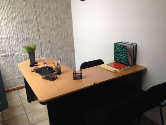 Oficina amueblada en excelente ubicación