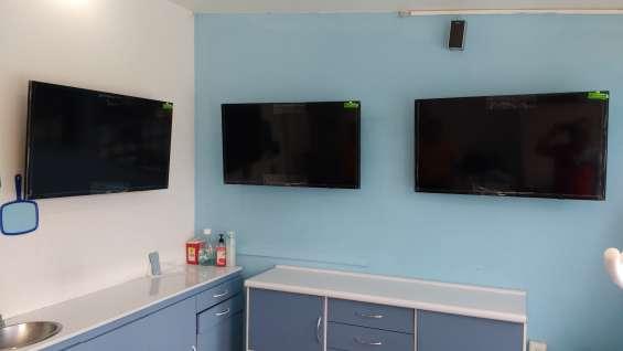 Soporte de pared para pantalla