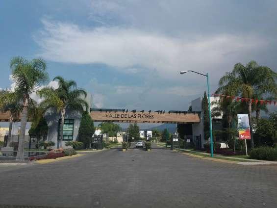 Terreno en venta, valle de las flores, tlajomulco