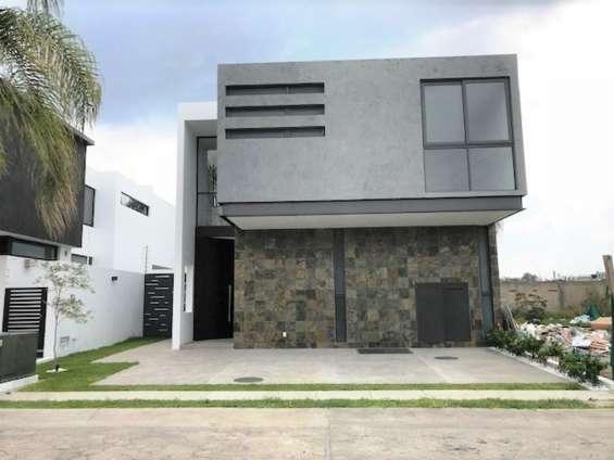 ¡alerta especial! casa nueva en venta en coto cerca de plaza galerías