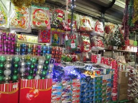 Gana 3000 semanales empacando productos de navidad