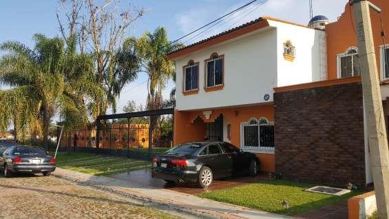 Casa en venta en coto privado en chapala 750m2