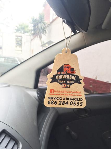 Aromatizantes publicitarios para auto con tu logo