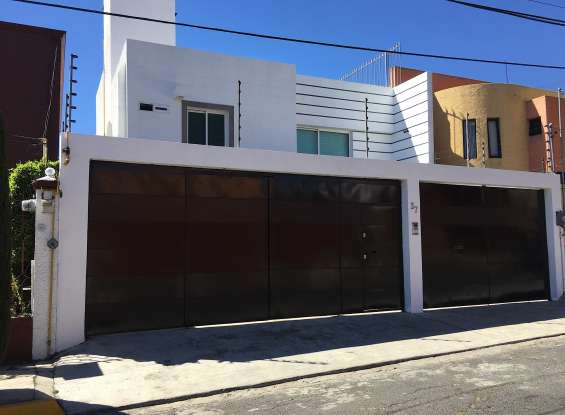 Casa minimalista en bosque residencial del sur $34,000 pesos