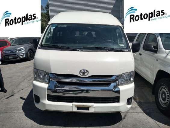 Toyota hiace 15 pasajeros 2016