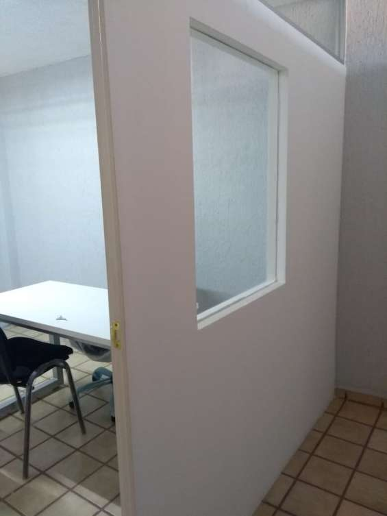 Fotos de Furnished executive office for 5 people near av. federalismo 4