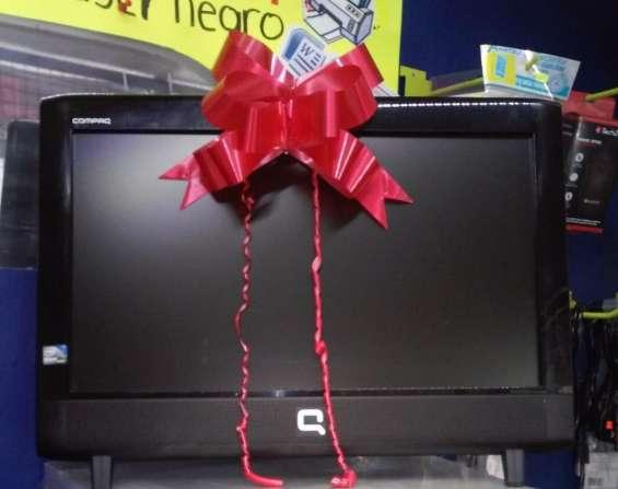 Computadora todo en uno compaq