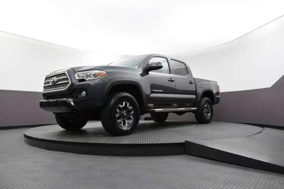 Toyota tacoma off road 2016