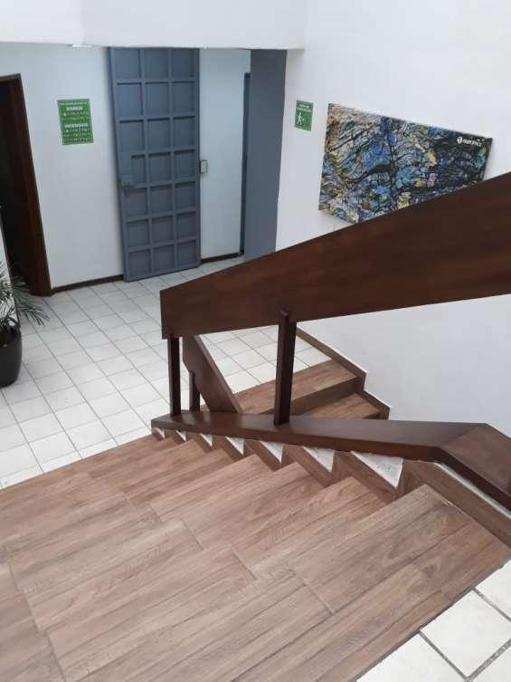 Fotos de Oficina en renta para 6 personas, en la col. moderna 24