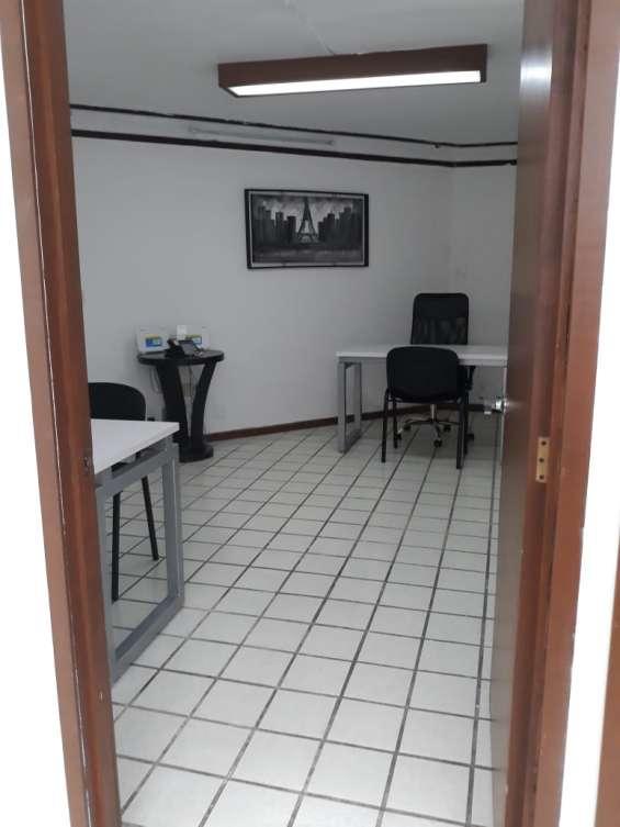 Fotos de Oficina en renta para 6 personas, en la col. moderna 16