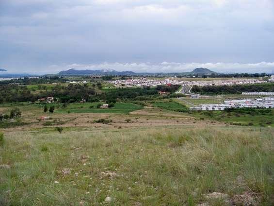 Terreno con magnifica vista panorámica zona tesistan