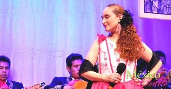 Cantante femenina de ranchero