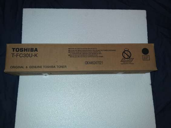 Toner toshiba negro orignal e-studio 2050c 2051c 2550c 2551c t-fc30u-k