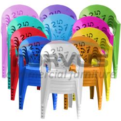 Vendo sillas apilables de plastico infantiles