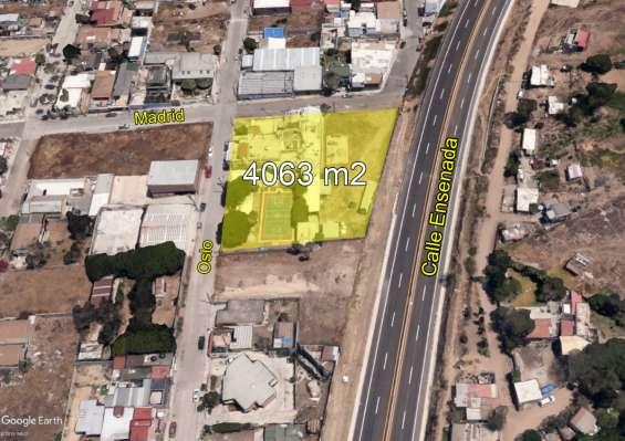 Terreno con edificio venta playas de tijuana