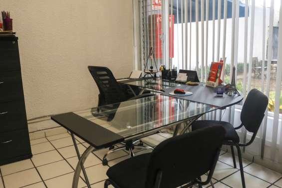 Oficinas amuebladas disponibles en renta!
