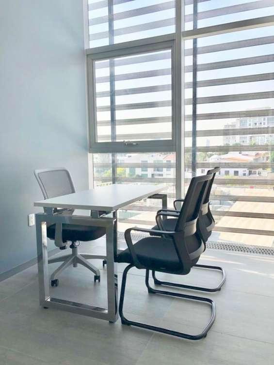 Fotos de Hermosa oficina en renta con 3 filtros de seguridad. 6